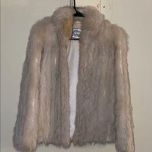 Vintage White saga fox fur coat
